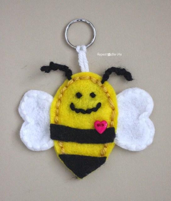 Image of Fun Bumble Bee Key Chain
