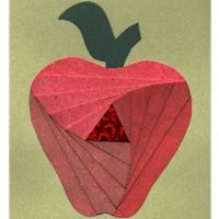 Iris Folding Apple