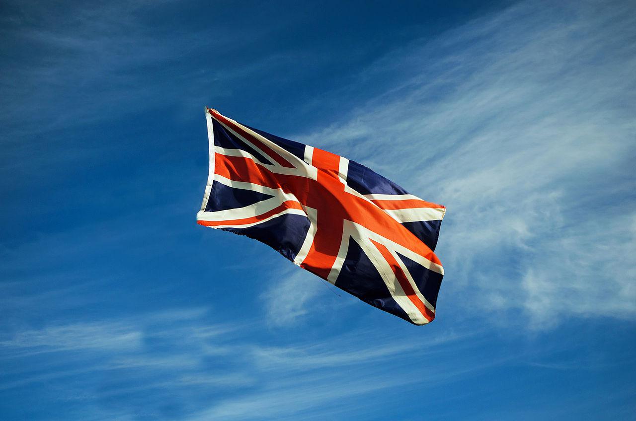 Britská vlajka ve větru