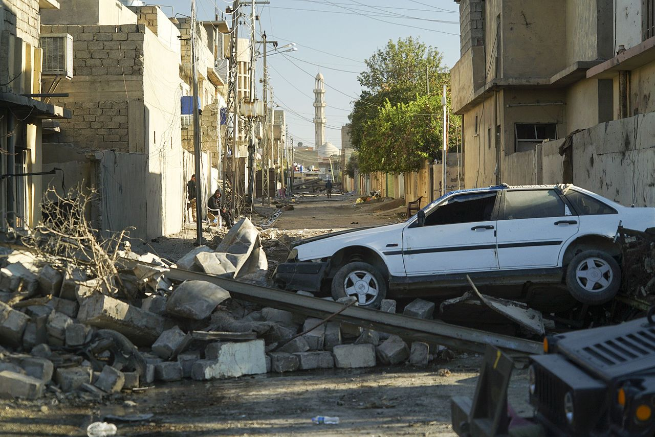 Bombed out streets of Mosul, photo Mstyslav Chernov