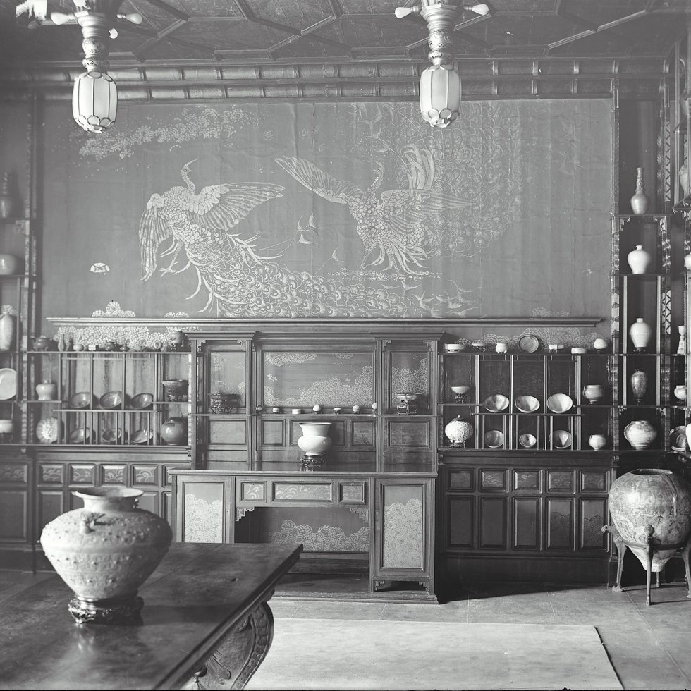 Archival image shows the Peacock Room in museum founder Charles Lang Freer's Detroit home.