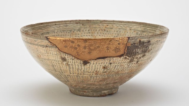 A bowl repaired with gold
