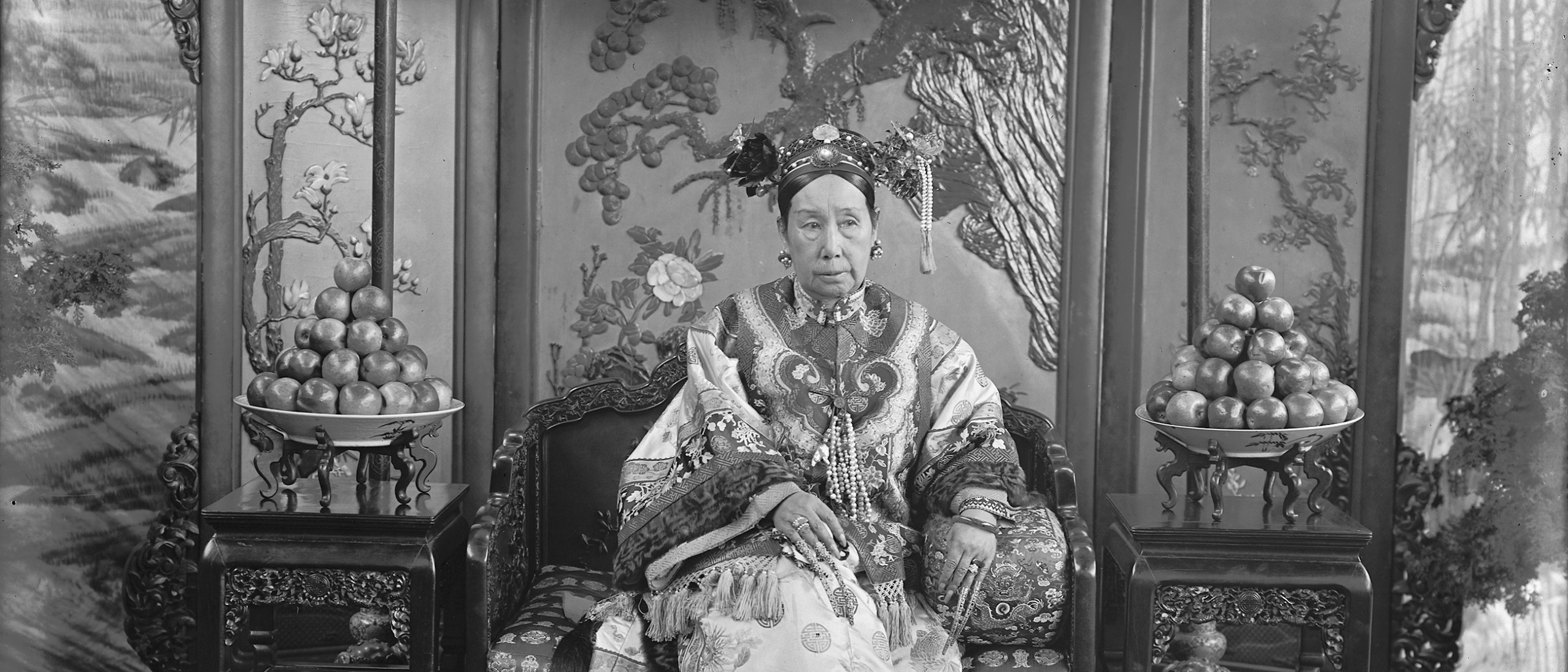 Detail image, The Empress Dowager Cixi; China, Qing dynasty, 1903-1904; Glass plate negative; SC-GR 254.