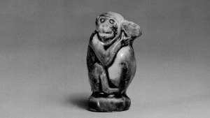 Detail photo, Glazed earthenware monkey. Tang dynasty, 9th–10th century., H: 4.5 cm. (1 3/4 in.). Singer catalogue number: [1298].