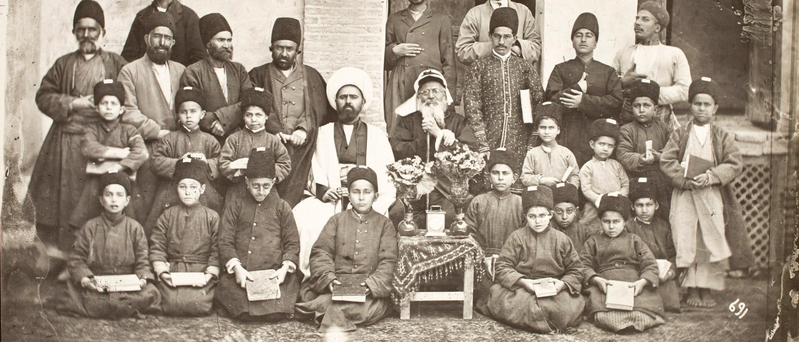 Photo, Persian School Sevruguin, Antoin, 1870s-1928, b&w ; 21.8 cm. x 16.6 cm. FSA_A.4_2.12.Up.60