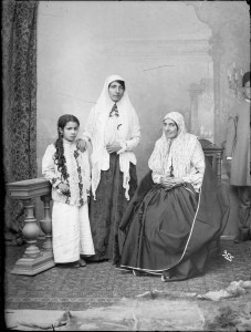 Sevruguin, Antoin,; b&w ; 13.1 cm. x 17.8 cm.; Myron Bement Smith Collection: Antoin Sevruguin Photographs. Freer Gallery of Art and Arthur M. Sackler Gallery Archives. Smithsonian Institution, Washington D.C. Gift of Katherine Dennis Smith, 1973-1985
