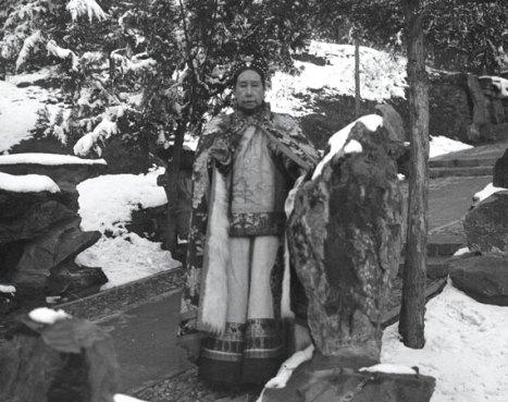 Cixi among the snowy gardens of Wanshoushan (Longevity Hill)