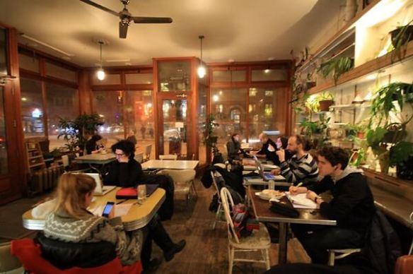cafés in montreal