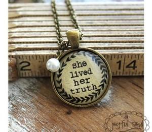 Inspiring Message Necklace
