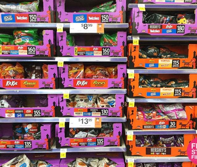 Affiliate Stores Where They Are Offering  Off Jumbo Bags Of Halloween Candy Including Items Are Kit Kat Snack Size Jumbo Bag Snickers Fun Size