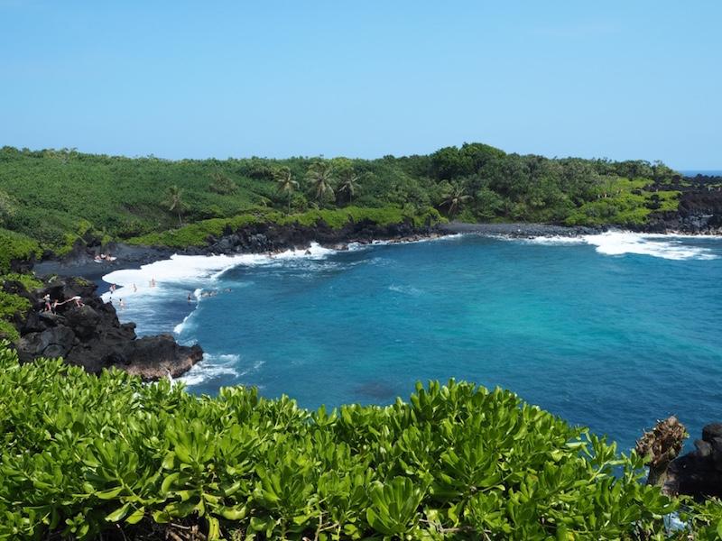 The Black beach of Wai'anapanapa State Park