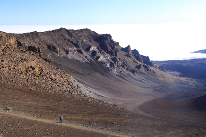 Descending into the crater on the Sliding Sands trail