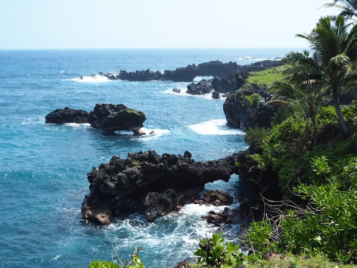 Stunning volcanic scenery at Waianapanapa State Wayside Park