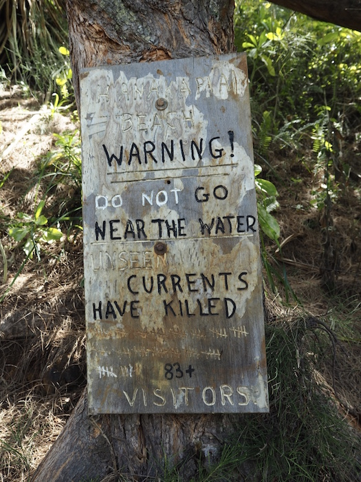 Warning signs on Kalalau trail
