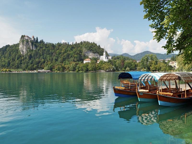 The Pletna boat!