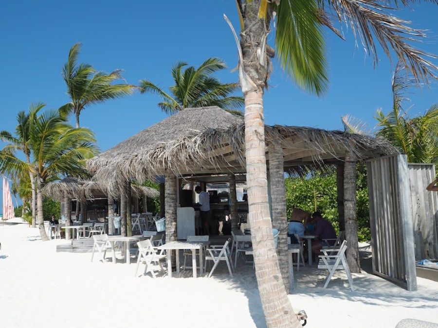 The Fish and Crab Shack is located in the middle of the sandbank.