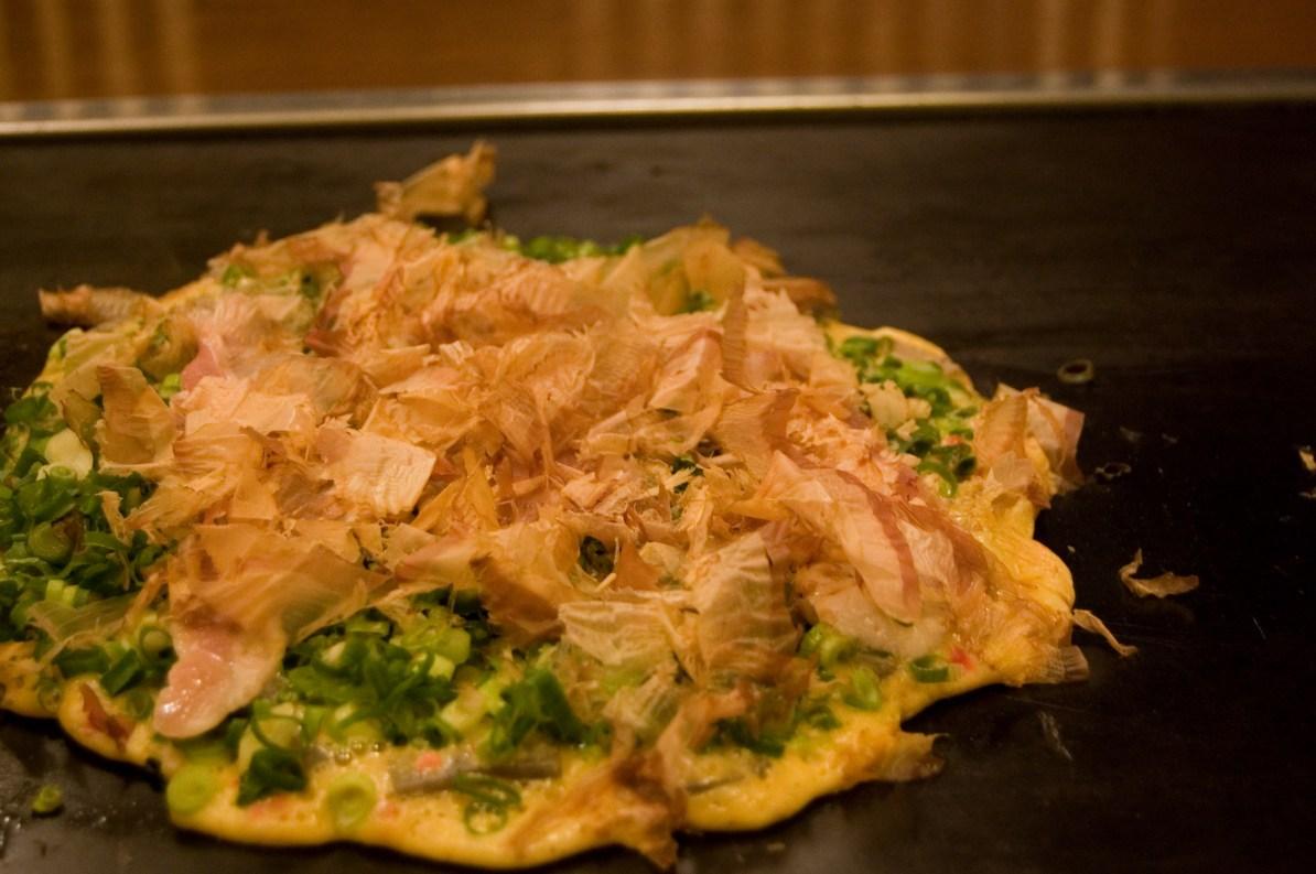 Negiyaki a vegetarian Okonomiyaki.