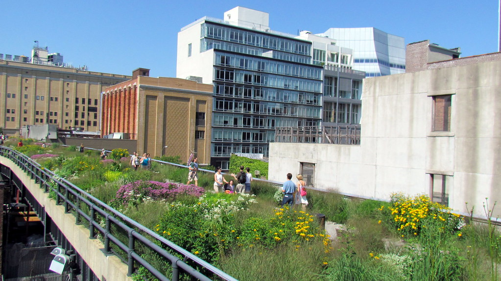 People walking along the High Line in New York