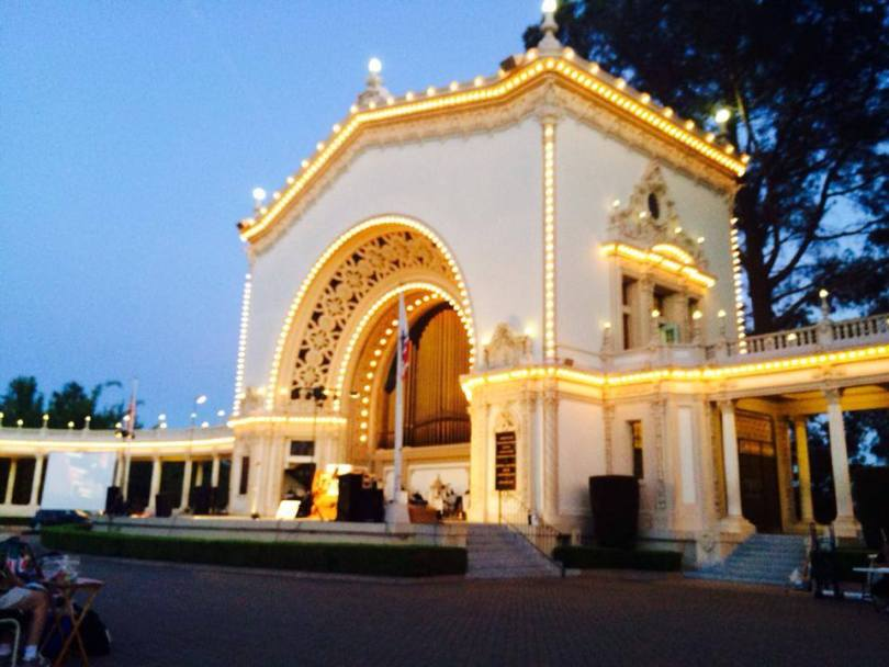 One of the places I miss most in San Diego, the Spreckels Organ, where I regularly attended concerts.