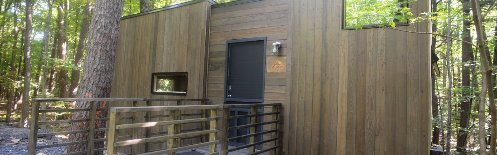 Wheelchair accessible tiny houses a big option for people for Wheelchair accessible houses