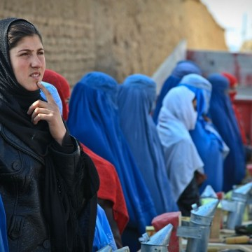 Afghan-Women-Harassment-Burqa