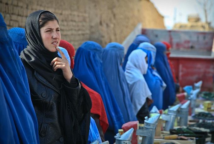 Afghan-Women-Harassment-Burqa