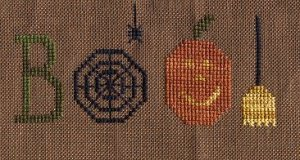 "glory bee free cross stitch pattern ""boo!"" for halloween"