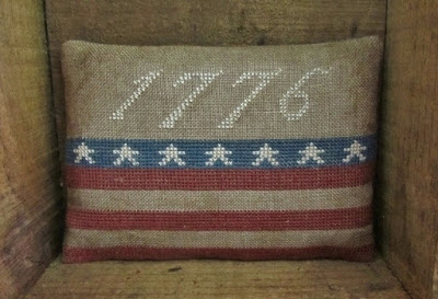 1776 free prim patriotic cross stitch pattern from Samplers-and-Santas