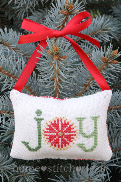 A Kiwi Christmas Joy Ornament Freebie