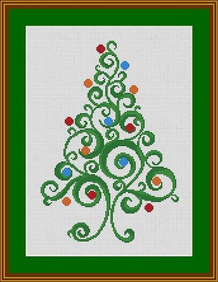 Swirly Christmas Tree by Helena Kovalchuk