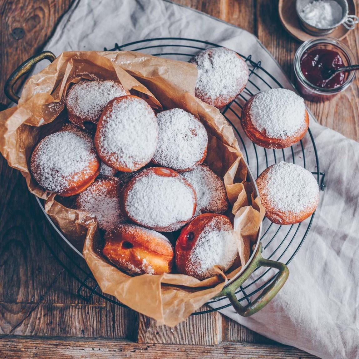 vegane Berliner mit Puddingfüllung