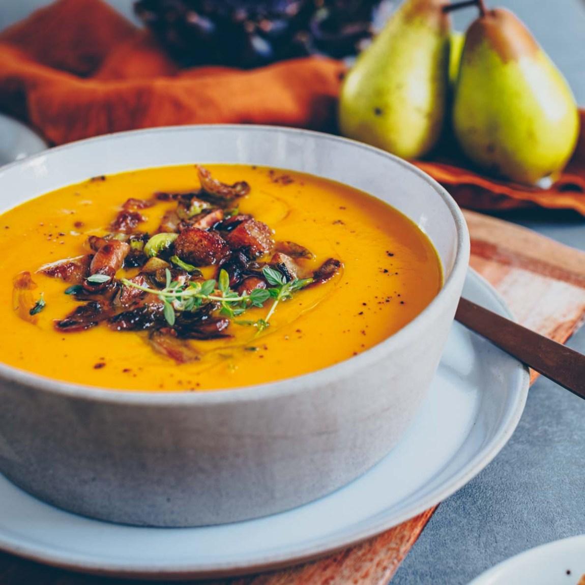 Kürbissuppe mit Birne - vegan