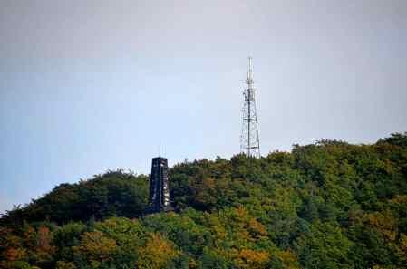Blick zum Windbergdenkmal