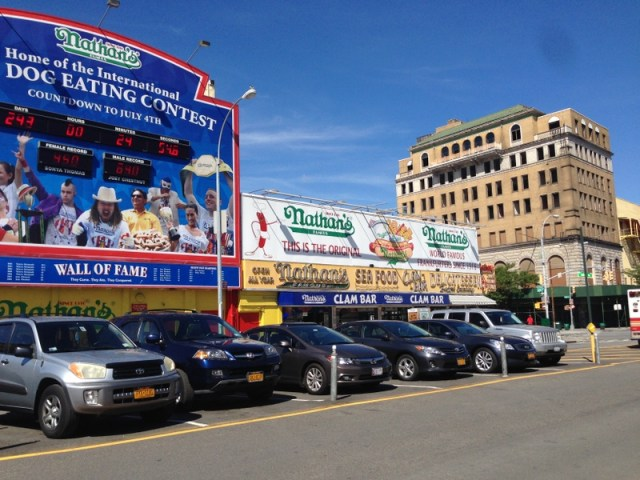 NYC_Coney_Island_Nathans_01