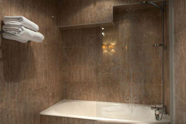 Minerve_Hotel_banheiro
