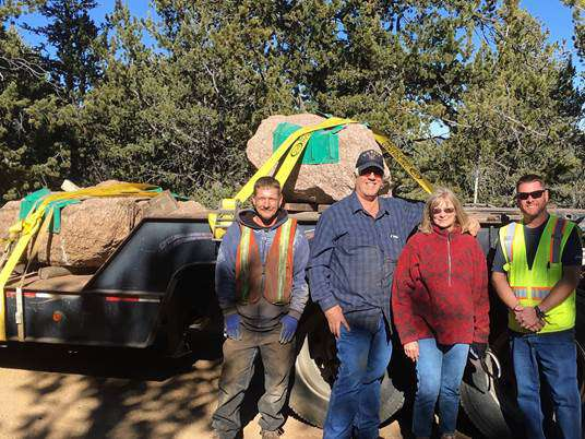 Carl, Rich Jansen, Cindy Smith, Kelly Thompson, and 3 Pikes Peak granite boulders