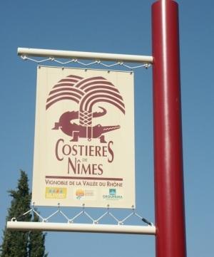 costieres_de_Nimes_sign