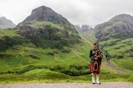 scotland bagpipe glencoe
