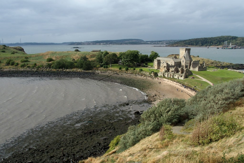 inchcolm abbey scotland