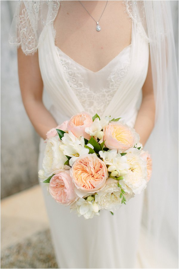 20 Best Wedding Bouquets in France peach white wedding bouquet