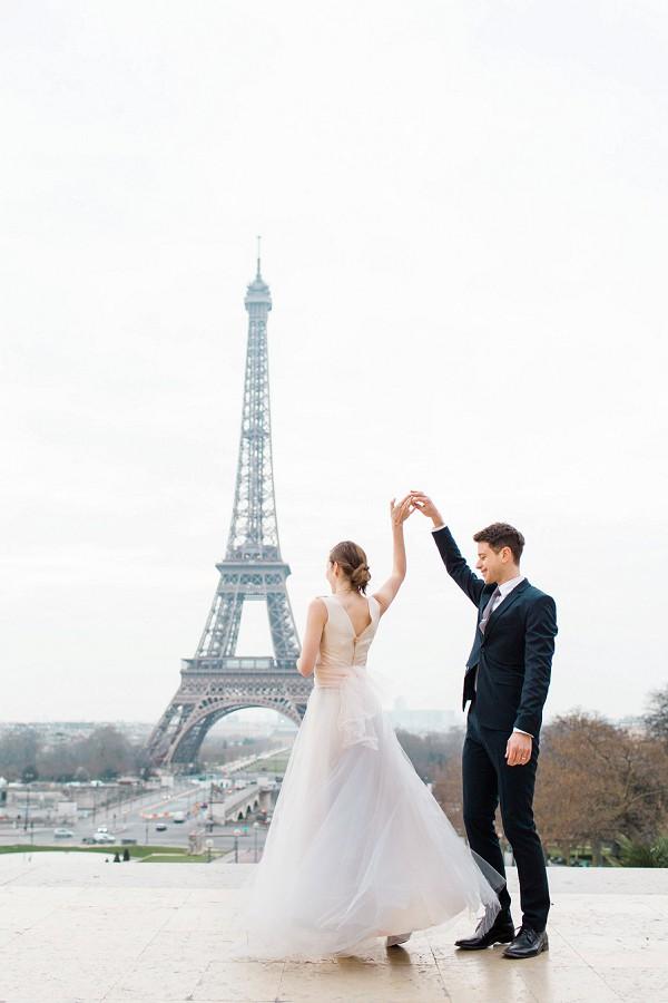 Romantic Eiffel Tower Anniversary Shoot French Wedding Style