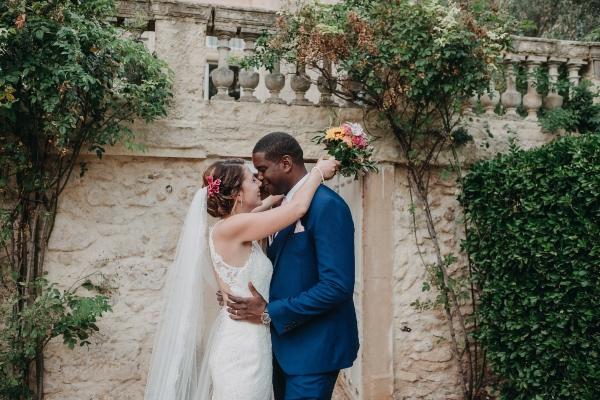 couple romantique château élégant
