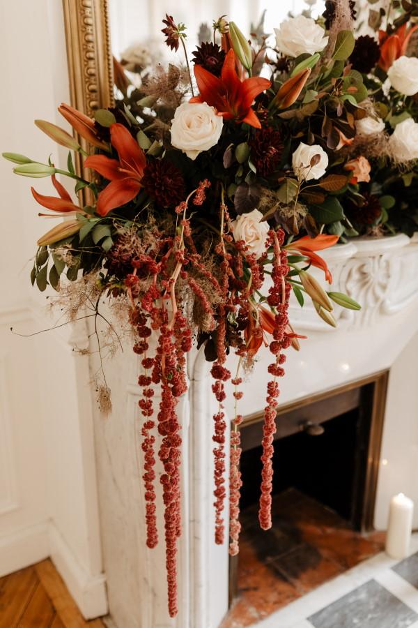 Arrangement floral de mariage d'automne