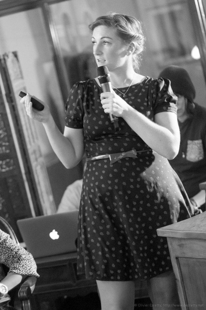 (Girls in Tech Lady Pitch Night Sept2014) Aine Behan (Cortechs) (2)BW