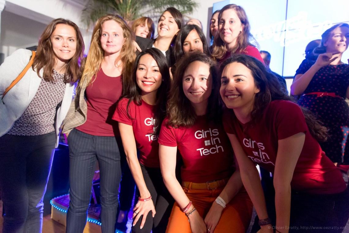 (Girls in Tech Lady Pitch Night Sept2014) Girls in Tech team selfie (7)