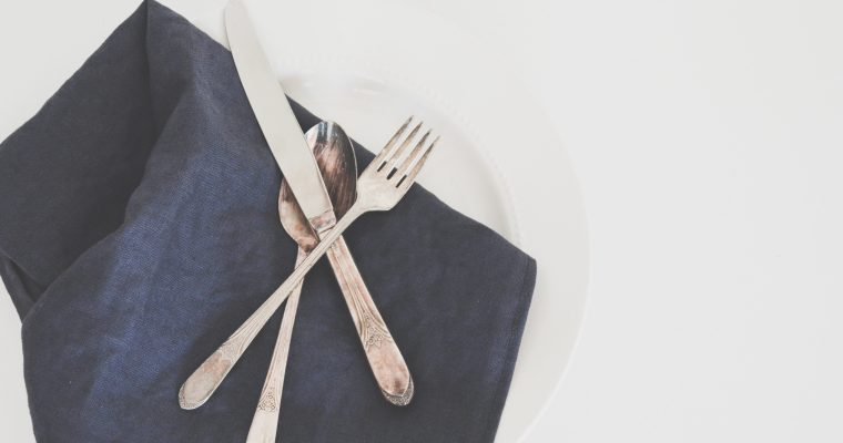 French Etiquette: Silent Communication Using Silverware