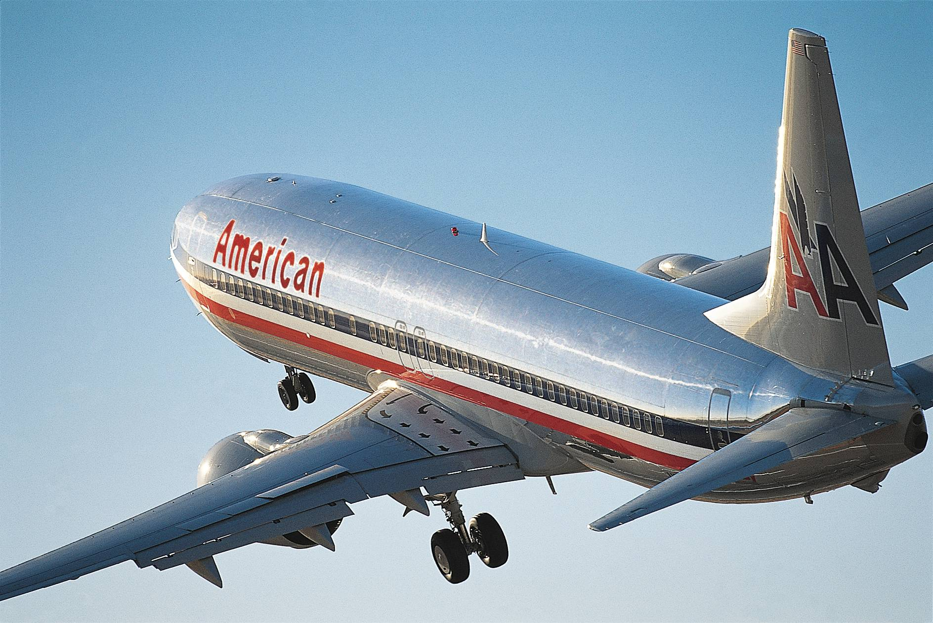 Resultado de imagen para american Boeing 737 takeoff