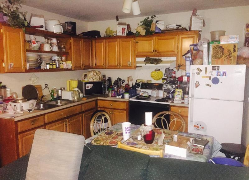 Cleaning Cluttered House
