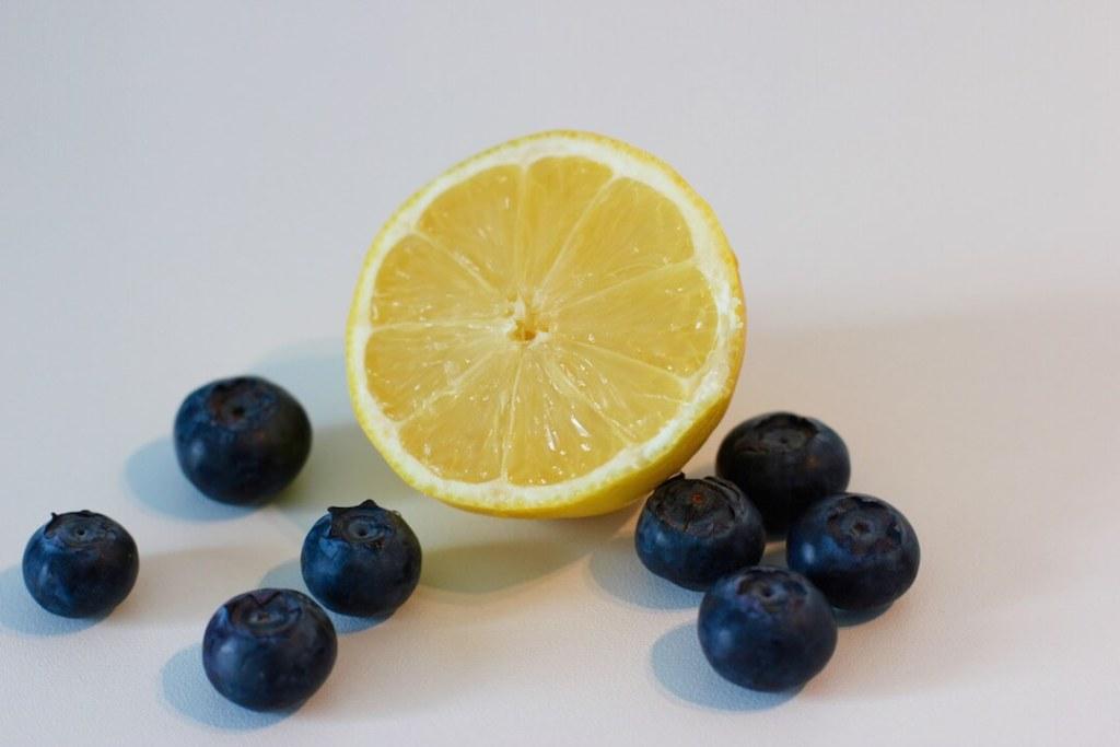 eis-am-stiel-selber-machen-popsicle-rezept-mit-blaubeeren-1
