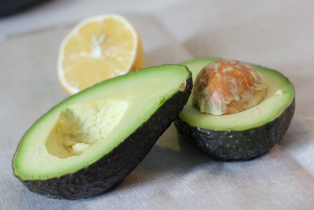 avocado-guacamole-zutaten1